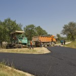 Асфалтирање путева у Дупљају и Паунама