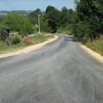 Асфалтиран пут у Белошевцу