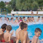 У току је Школица пливања за 150 ученика првог разреда