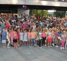 Градоначелник честитао полазак у школу ђацима првацима