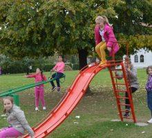 Мобилијар за дечје игралиште у Новом насељу