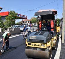 У току асфалтирање Улице Јакова Ненадовића