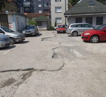 Радови на паркингу у центру града
