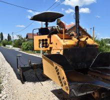 Градоначелник обишао асфалтирање у Белошевцу и комплетно завршен пут ка Мрчићу