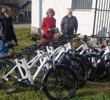 GIZ уручио електричне бицикле Ваљеву